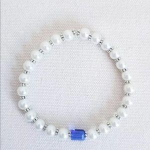 Jewelry - Ivory Glass Pearl Birthstone Stretch Bracelet